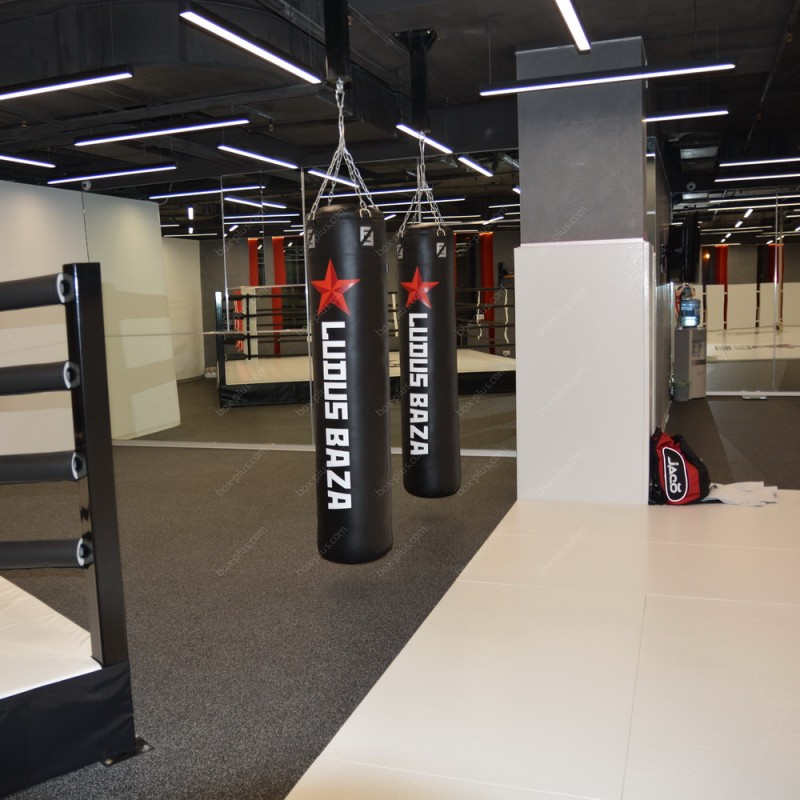 Потолочное крепление для боксерского мешка